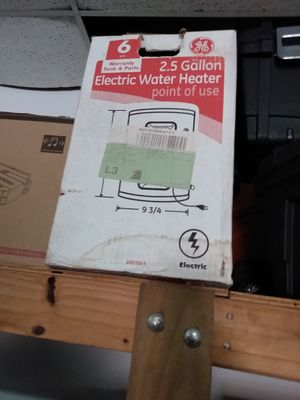 Sm water heater for Sale in Houston, TX