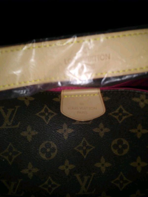 Women's large tote/ shoulder bag