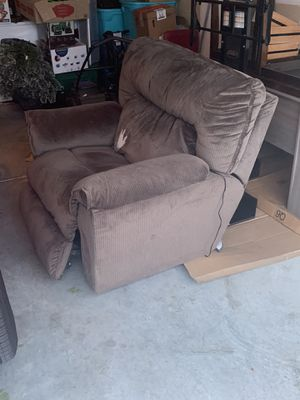 Electric reclining chair for Sale in San Antonio, TX