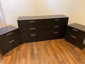 NEW PRETTY BLACK MIRROR DRESSER WITH 2 NIGHTSTANDS INCLUDED for Sale in Palm Beach Shores, FL