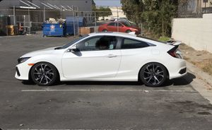 2019 Honda Civic si wheels and tires for Sale in Sylmar, CA