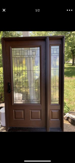 Entry door with one side light for Sale in New Carrollton, MD