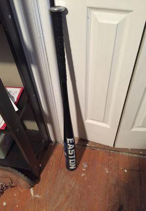 Easton aluminum baseball bat for Sale in Runnemede, NJ