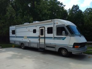 1993 35' Newmar Dutch Star class A motorhome w/ Slide for Sale in Chardon, OH
