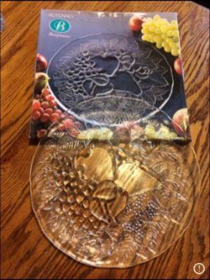 Vintage Autunno Borgonovo embossed glass Italian fruit plate for Sale in Milnesville, PA