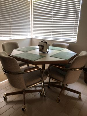 Kitchen table and 4 chairs for Sale in Boca Raton, FL