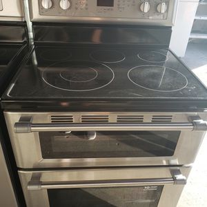 Stove Maytag Two Oven 🚛💨👨🔧services for Sale in Hialeah, FL