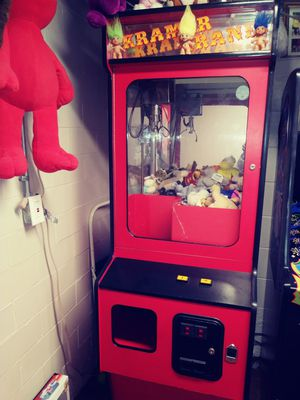 Claw game for Sale in Lincoln Park, MI
