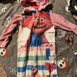 Trolls Girls Onesie for Sale in Los Angeles, CA