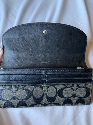 Coach wallet for Sale in Los Angeles, CA