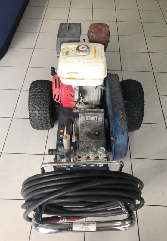 GRACO PRESSURE WASHER 3040