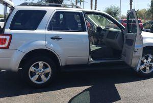 09 Ford Escape low milea clean for Sale in Phoenix, AZ