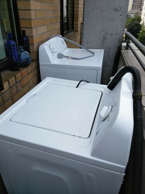 Washer & dryer double load double dry (set) white . for Sale in Portland, OR