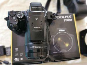 Nikon P900 for Sale in Chicago, IL
