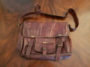 Vintage Oiled Brown Leather Crossbody Messenger Bag for Sale in Lake Oswego, OR