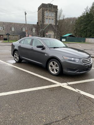 2015 Ford Taurus SE for Sale in Pittsburgh, PA