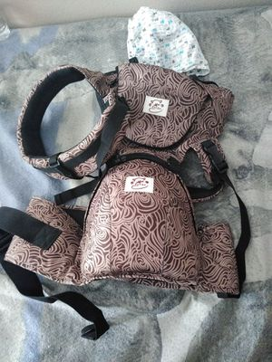 Sofika baby carrier for Sale in Tampa, FL