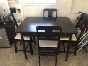 Kitchen table and chairs for Sale in San Diego, CA