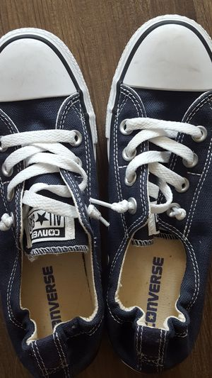Converse size 7 for Sale in Tarpon Springs, FL