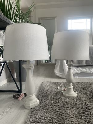 Beautiful white lamps and shades! for Sale in Puyallup, WA