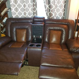 Brown Leather Love Seat for Sale in Washington, DC