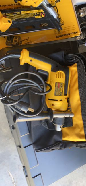 "DEWALT DWE5010-1/2""(13mm)HAMMER DRILL 120v -60Hz -7A for Sale in Raleigh, NC"