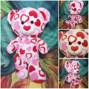 "18"" Build A Bear Valentines Day Hearts Big Head Plush Teddy Red Pink White for Sale in Dale, TX"