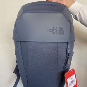 NEW NORTH FACE BACK PACK for Sale in San Antonio, TX