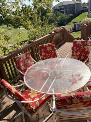 Outside table & 6 chairs for Sale in Arvada, CO