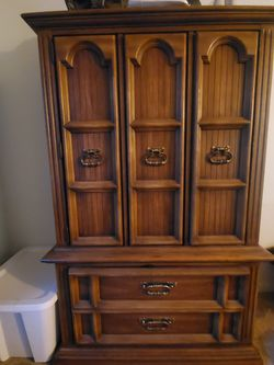 Solid Oak Bedroom Set for Sale in Port Orchard, WA