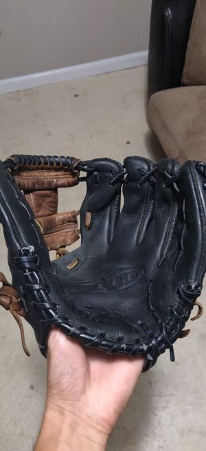 Baseball hlove for Sale in Fort Worth, TX