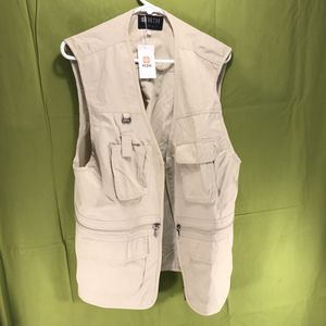 H2H Fishing Hunting Vest Men's Size Medium for Sale in Anchorage, AK