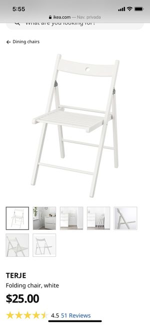 2 folding chairs (white) for Sale in Miami, FL