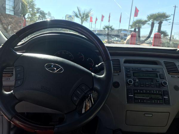 Hyundai Azera Limited Edition Super Clean