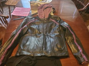 Women's Milwaukee leather XL motorcycle leather jacket for Sale in Rocky River, OH