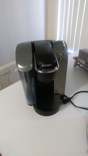 Keurig Machine and accessories for Sale in Modesto, CA