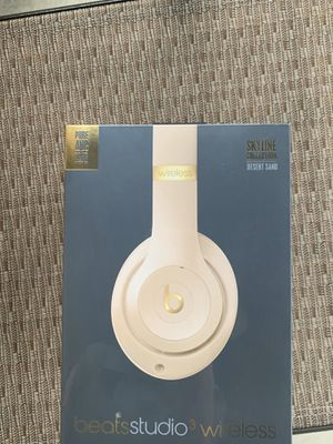 Brand New Beats Studio 3 wireless headphones for Sale in Euless, TX