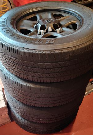 Toyota Tundra Rims and Wheels set for Sale in Fort Lauderdale, FL