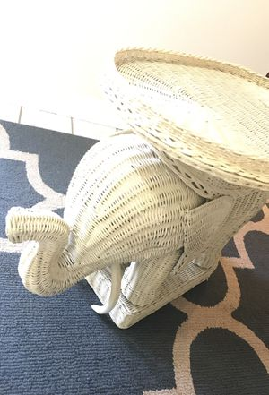 Wicker Elephant End Table. for Sale in Annapolis, MD