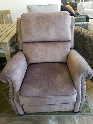 New push back reclining chair tax included for Sale in Hayward, CA