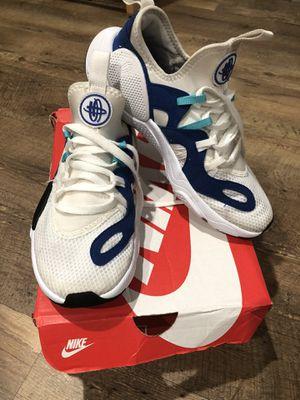 Nike Huaraches for Sale in East Providence, RI