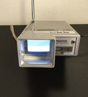 """Vintage Panasonic Travelvision TR-1020P 1.5"""" TV/AM-FM Stereo Receiver for Sale in Brooklyn, NY"""