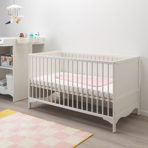 White baby crib for Sale in Phoenix, AZ