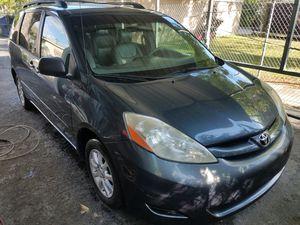 2009 Toyota Sienna for Sale in New Port Richey, FL