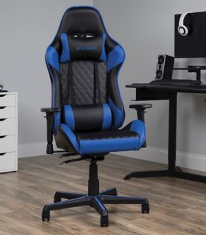 Gaming computer chair for Sale in New York, NY