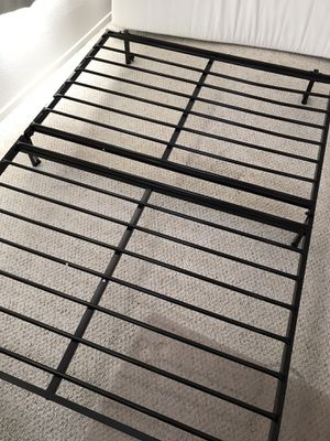 Foldable bed frame, full size for Sale in San Diego, CA