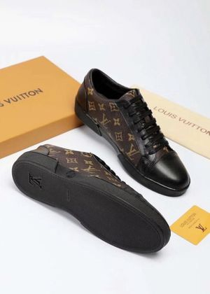 Louis Vuitton low tops for Sale in San Jose, CA