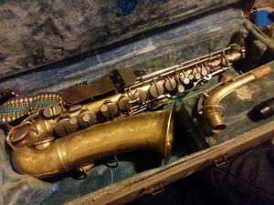 1944 cg conn saxophone alto for Sale in Fairfield, IA