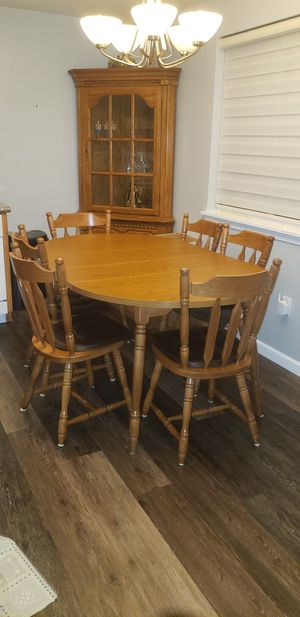 Kitchen Table & Corner Cabinet for Sale in Buffalo, NY