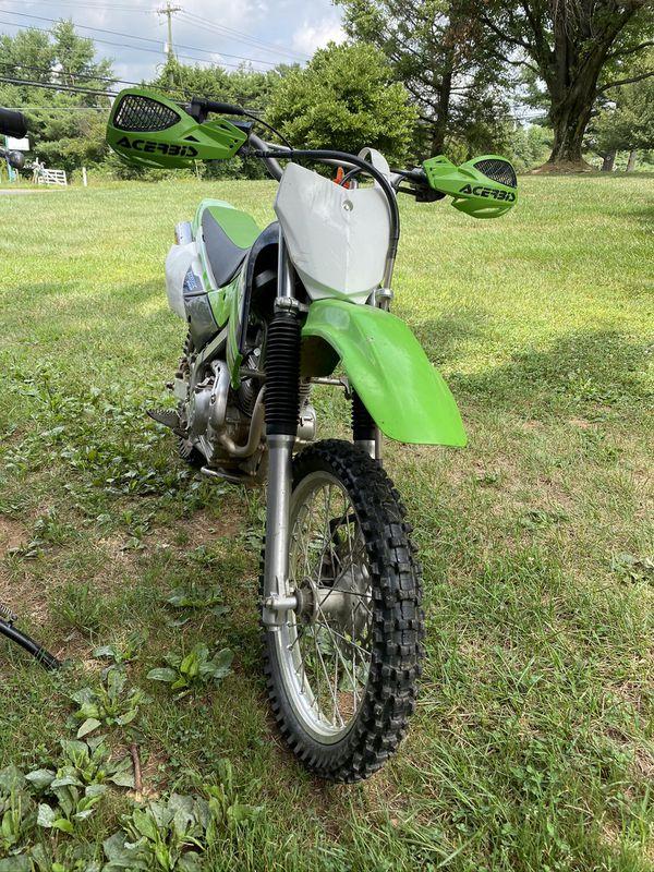 2011 Kawasaki KLX140 dirt bike